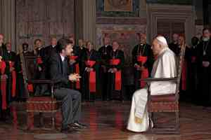Pope meets with a psychiatrist...while the cardinals observe?