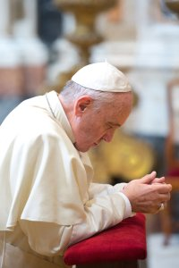 Pope Francis in prayer