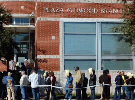 james-willamore-2008-presidential-election-early-voting-lines-charlotte-cc-by-sa-2-0